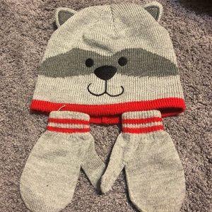 4 for $12 set mittens & toboggan Raccoon like new